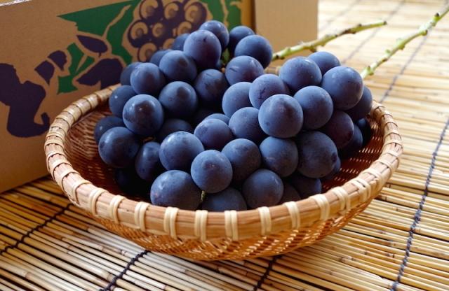 ブドウを食べて眼精疲労を回復!?その健康効果が凄い!!