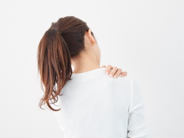 正しく効果的にツボを押して眼精疲労を改善させましょう!
