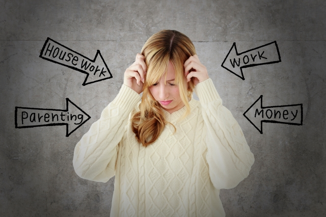 日常で高ストレスを抱えている人のストレス10項目を視覚が独占!