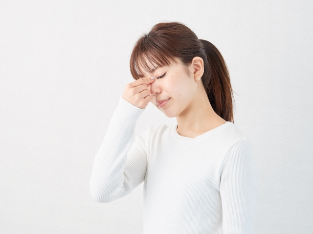 目が疲れはどうして起きてしまうのか?